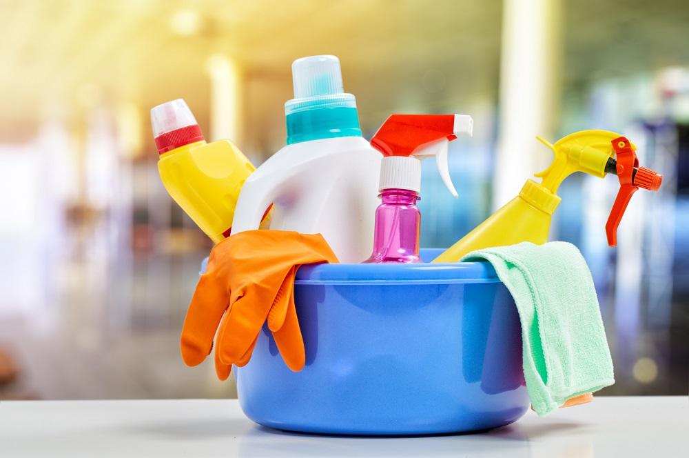 chemia sprzątanie
